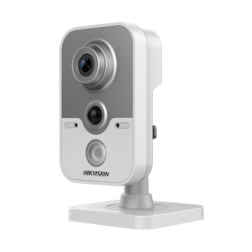 Ultra-Low Light PIR відеокамера Hikvision DS-2CE38D8T-PIR